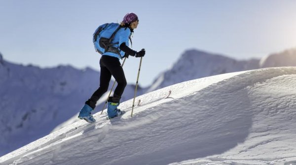 Product trends: ski tourers want lightness and functionality in their equipment