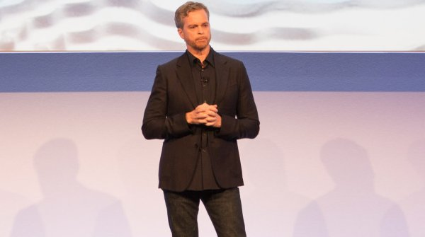 Nike CEO Mark Parker remains with the sporting goods giant longer than 2020.
