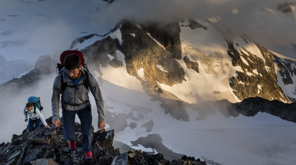Bergsteiger am Fels