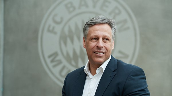 Stefan Mennerich – Director Media, Digital and Communication beim FC Bayern
