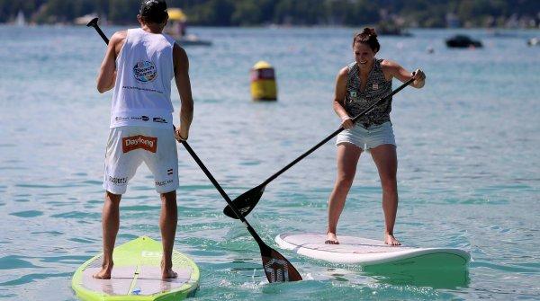 Stand-Up-Paddling bekommt im Paddlesport Village auf der OutDoor by ISPO seinen Platz.