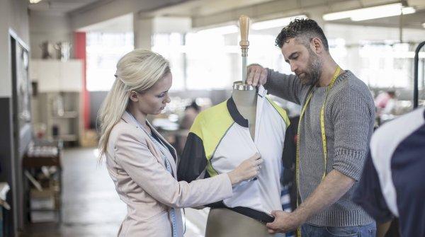Wenn man sich bei einem Sportbekleidungs-Unternehmen bewirbt, darf ein Praktikum beim Modehersteller ausführlicher beschrieben werden.