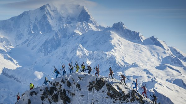 Across the mountains on the Pierra Menta, the biggest ski touring race in France. The ordeal lasts four days, over 10,000 metres in altitude.