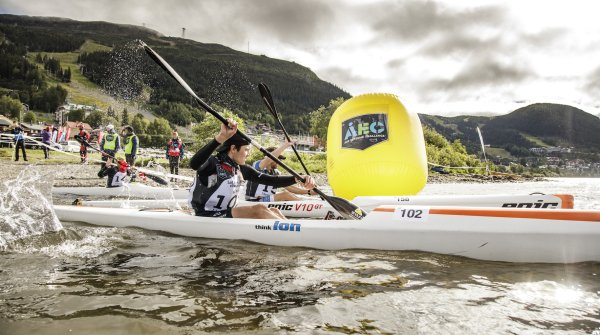 The Are Extreme Challenge starts in a kayak.