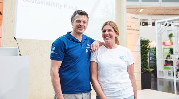 Dr. Thorsten Schulz und Petra Thaller haben auf der OutDoor by ISPO ihr Herzensprojekt Outdoor Against Cancer vorgestellt.