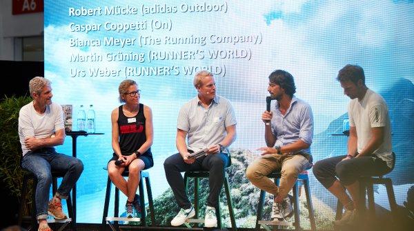 Unter der Leitung von Urs Weber (M.) diskutierten die Branchenexperten über Trailrunning.