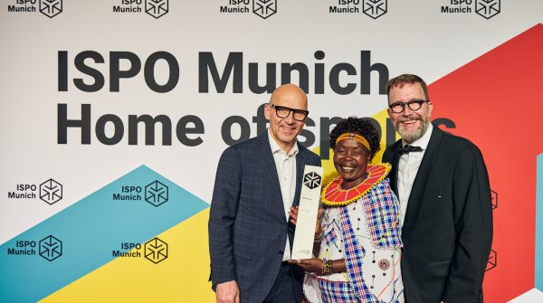 Tegla Loroupe received the ISPO Cup 2020