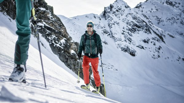 ISPO.com shows the ski touring trends for winter 2020/21.