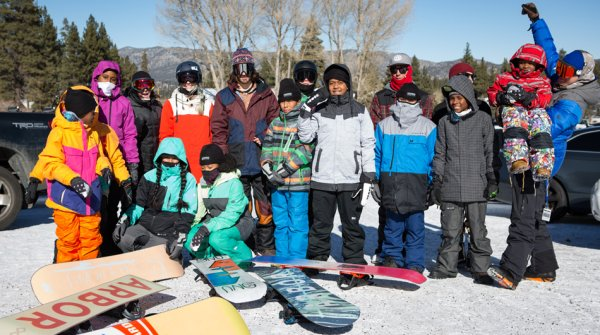 Kinder des Compton Snow Club