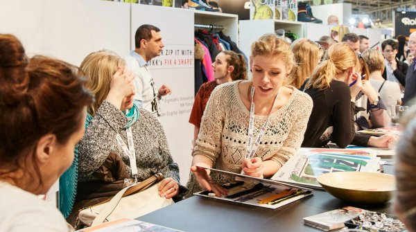 ISPO networking sports companies with job applicants.