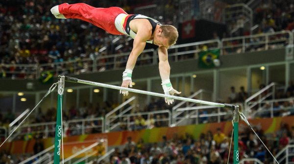Fabian Hambüchen gets the gold medal on the high bar at his last appearance as an Olympic gymnast.