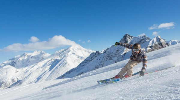 Saas-Fee, in the Canton of Valais, is surrounded by eleven mountains over four thousand meters tall.