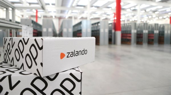 Zalando is on a growth course: The online fashion retailer is acquiring Kickz.