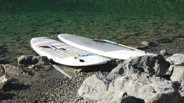 Farewell heavy, bulky boards: inflatable boards for stand up paddling