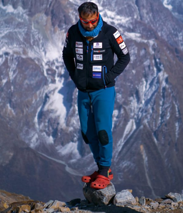 Alex Txikon wants to go down in the history books with the winter ascent of Manaslu.