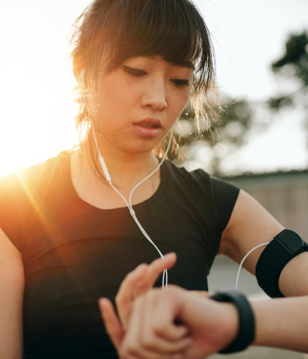 Fitness trackers are just one of many areas of application for wearables.